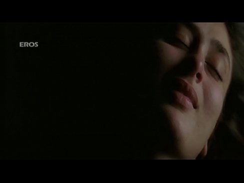 kareena hottest backless sex sceneXXX Sex Videos 3gp
