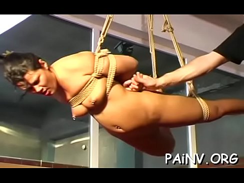 servitude act with a guy who gets tortured by domina