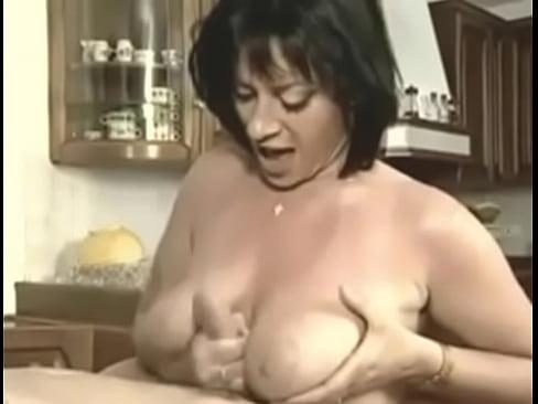 gros tittes vidéos Junior porno com