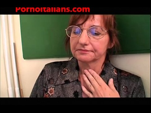 Xxx insegnante porno video