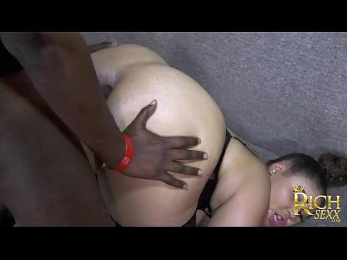 ebony sloppy blowjob tube