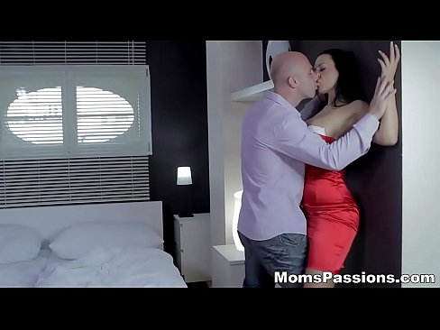 Mom passion xnxx indian mobile 3gp xxx porn videos