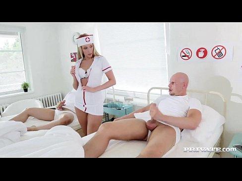 Медсестру ебут порно онлайн