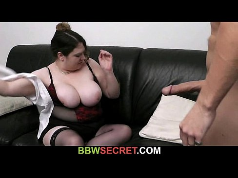 Married guy cheats with busty bitch's Thumb