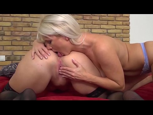 Annilingus rimjobs rimming review lesbian