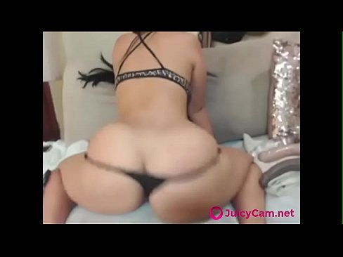 Hot Girl With Huge Tits Fucks A Dildo In The Ass
