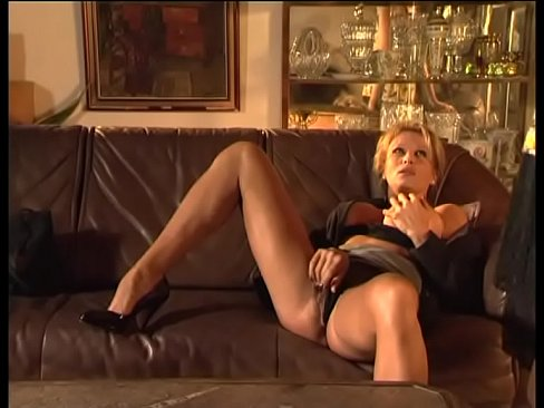 Betrayed wife comforts herself with a hot lesbian blonde