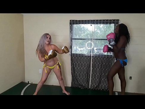 Whitney Morgan vs Paris Love (foxy boxing)