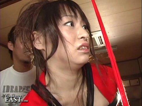 XVIDEO ロープで縛られ調教されるお姉さん