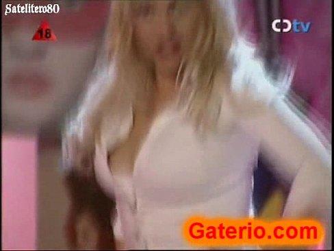 Daniela Blume Desnuda En Un Strip Como Empresaria Xvideoscom