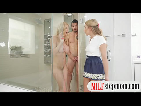 Alexis Fawx Shower Threesome