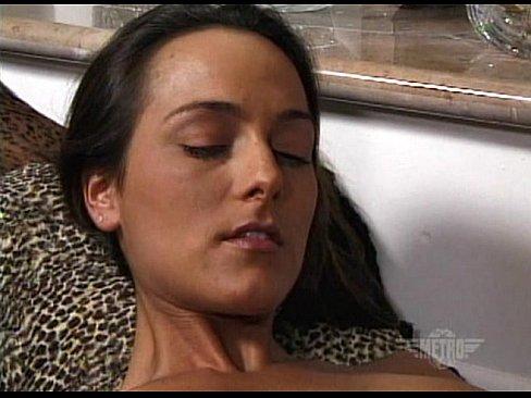 Metro – Lesbian Sex 03 – Scene 9 – Extract 1