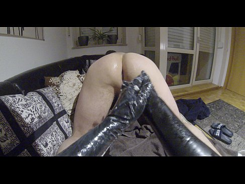 Cheating wifes fucking cock