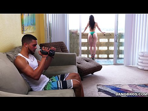 Sexy BangBros Babe Aidra Fox Makes A Porno (bbc15895)