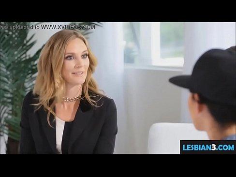 Lesbios pornex orgy movil