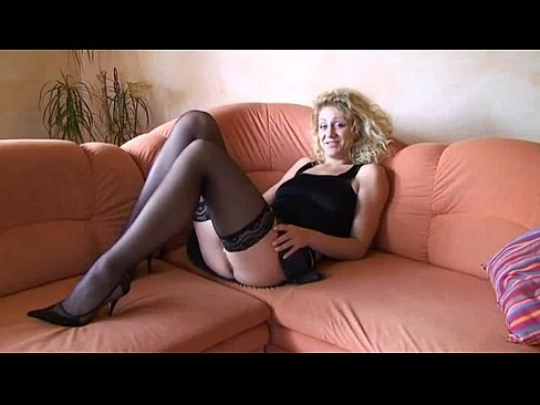 amateur mature masterbates videos