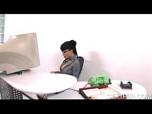Czech blonde tina hairy cunt gynecological exam