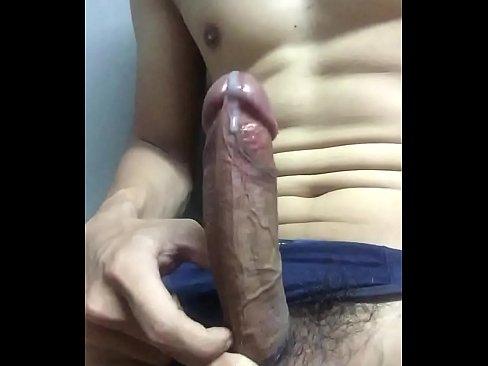 hả họng hứng _)'s Thumb