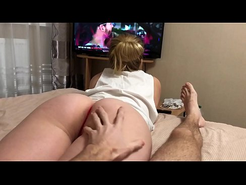 XXX 2019 Dissatisfied step sister seduces brother with her lush ass
