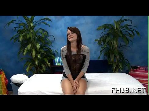 Wacko slut takes penis from her massage therapist - Download mp4 XXX porn videos