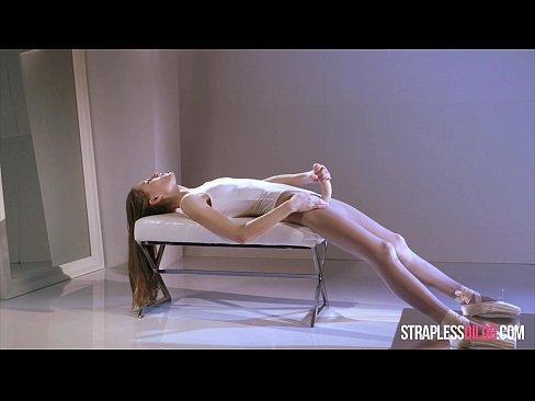 cover video ballerina mia reese s cock really cums