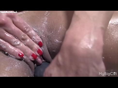 bodybuilder Xvideos female