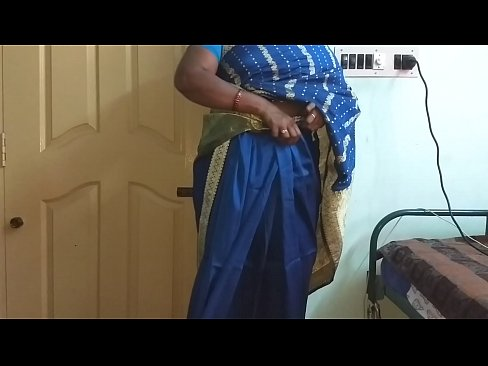 XVIDEO | desi north indian horny cheating wife vanitha wearing blue colour saree  showing big boobs and shave
