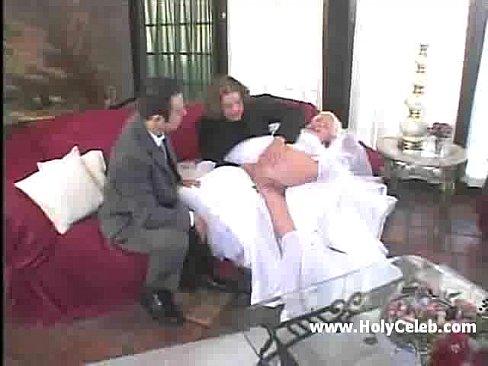 seksualnie-porno-foto-nevestu-viebali-pered-svadboy-druzya-porno-klubi-nochnie