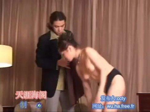 情侶自拍  女生超淫蕩 還吸男友奶頭  最後轉戰泡泡浴缸 xnxx indian porn videos