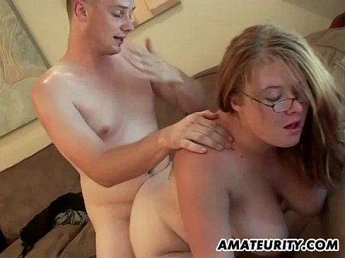 amateur chubby blonde fuck suck