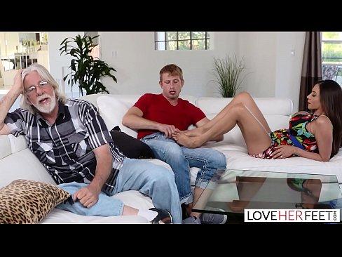 free amateur orgy porn