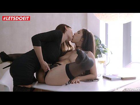 lesbian-fucking-kinky-videosxxx