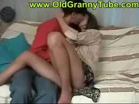 ottrahal-do-orgazma-video-onlayn-porno-s-zakritih-vecherinok