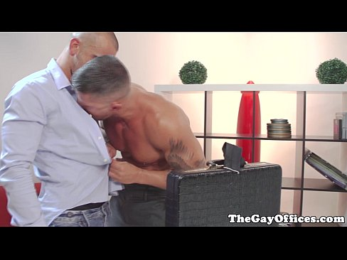 Muscly Threesome Rim And Suck