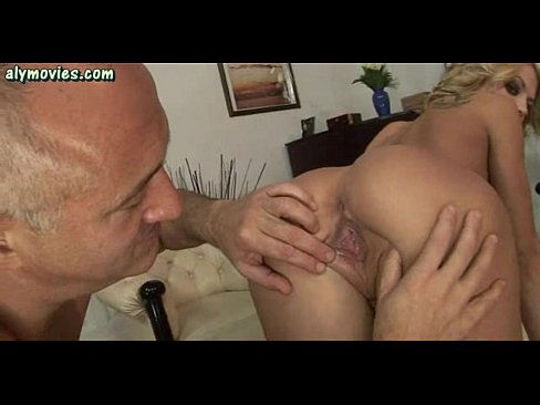 xnxx Slut doing blowjob and gets drilled with toys indian XXX Videos