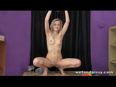 videos Nasty pissing