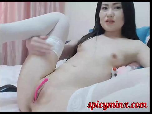 Korean Cam Girl Spreads her legs