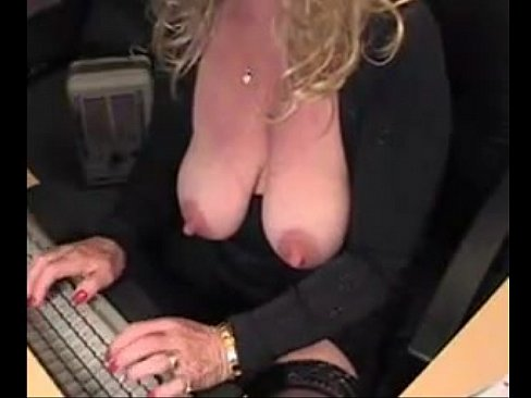 Mature big webcam squirt