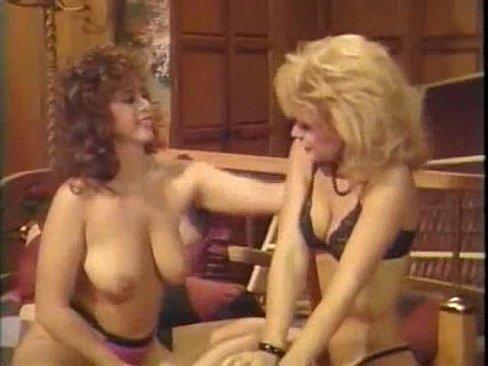 Lesbian Scissor Trib Fighting