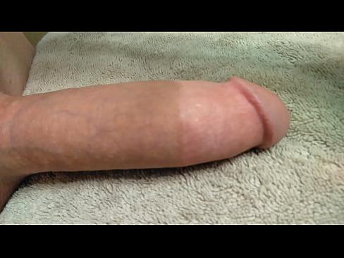 videos of amateur dicks growing hard hands-free