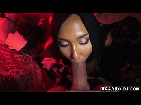 cover video Hot Arab Woman  Afgan Whorehouses Exist  es Exist