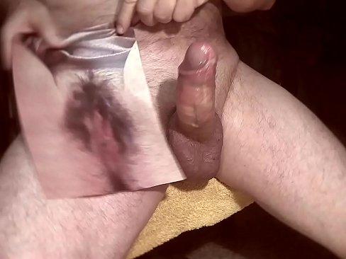 schwanz cumming in haarige pussy