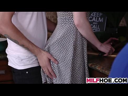 Filmulete Porno Xxl Cu Fiii Si Mame Bomba