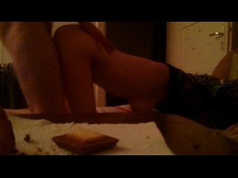 Lataa 3GP porno elokuvaa