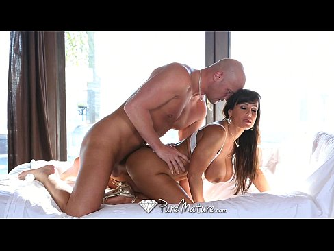 PureMature – Big breasted Milf Lisa Ann gets pussy fucked