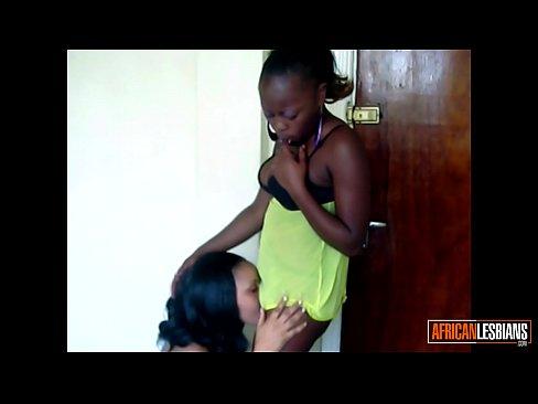Ebony Teen Pussy Eating