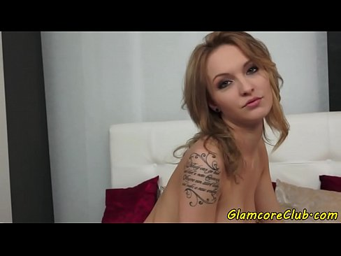 Solo glamcore babe masturbates
