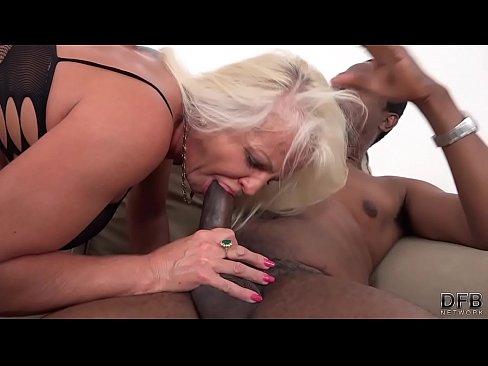 sex woman old arab