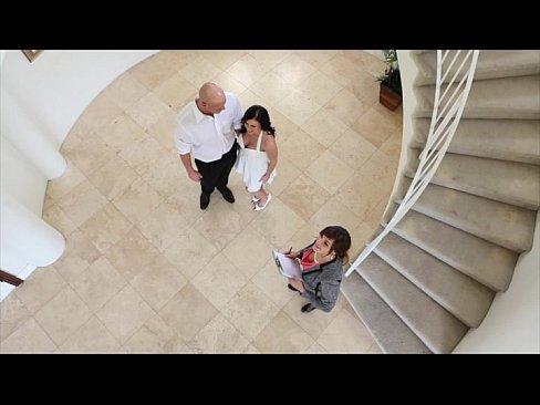 Hot Mom Enjoys Sex With A Real Estate Broker