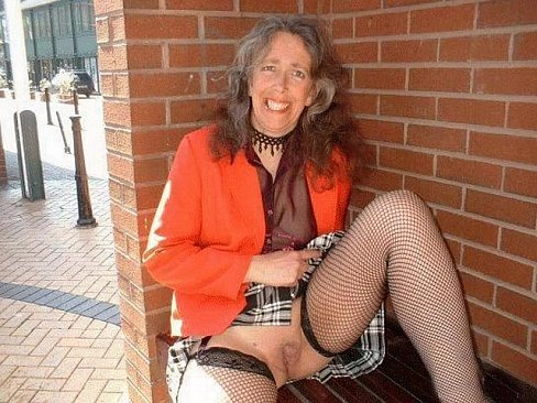 sexy-granny-in-pantyhose-mexican-ass-and-pussy